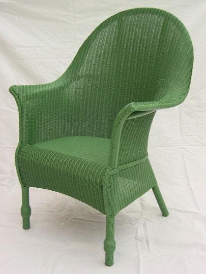 lloyd loom stoelen opknappen door spuiten