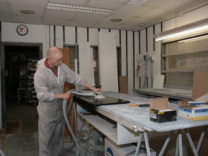 dressoir kast schuren en schilderen