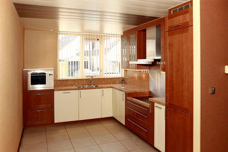 kersen hoek keuken voor spuiten