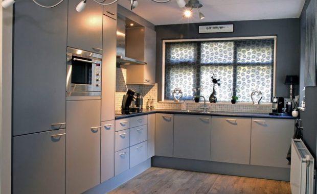 keukenkastjes-laten-schilderen-zijdeglans