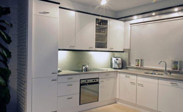 kunststof keukenkastjes laten verven